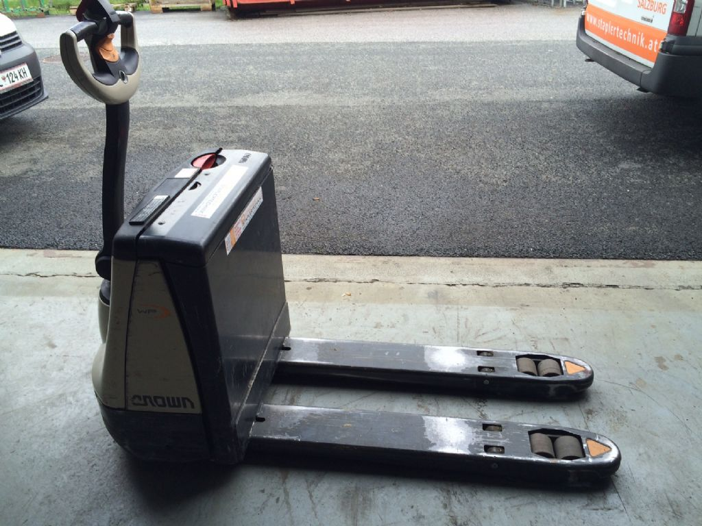 Crown-WP 2315-1.6-Niederhubwagen-http://www.staplertechnik.at