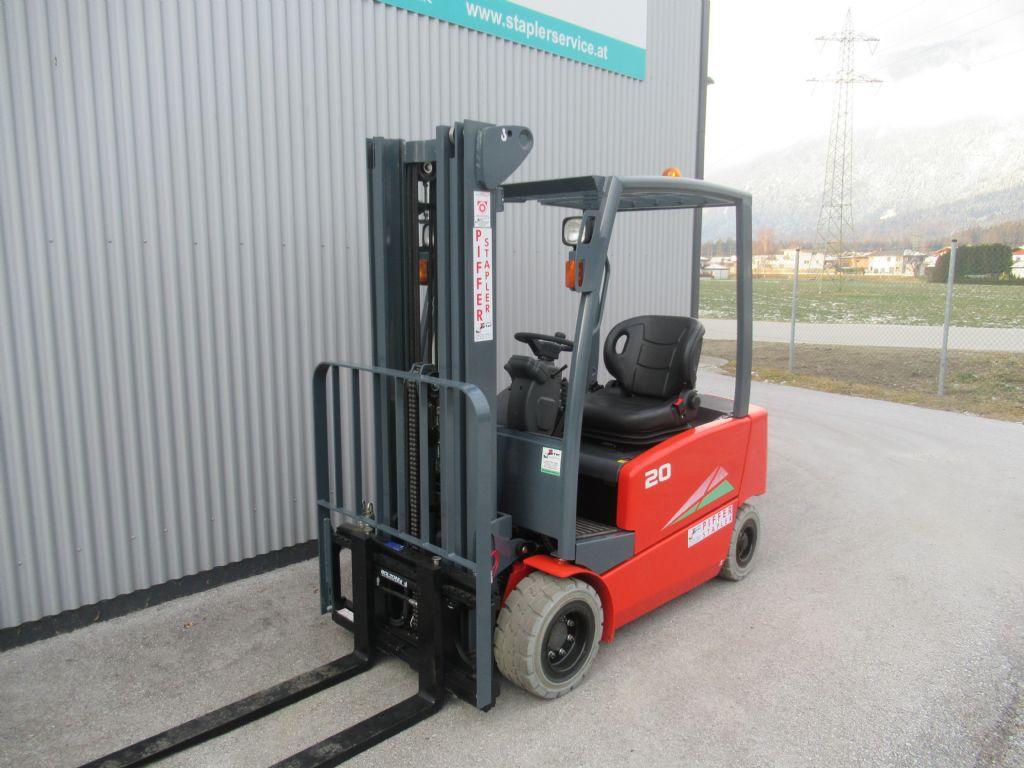 Heli-EFG 320N-Elektro 4 Rad-Stapler-http://www.staplerservice.at