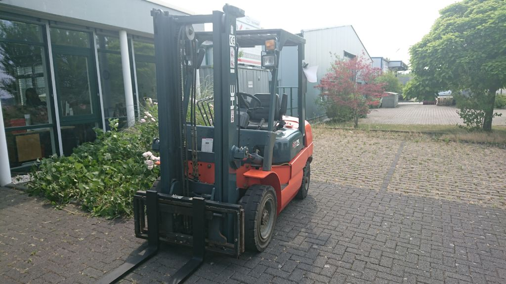 Heli-CPCD-25-Dieselstapler-http://www.regio-stapler.de