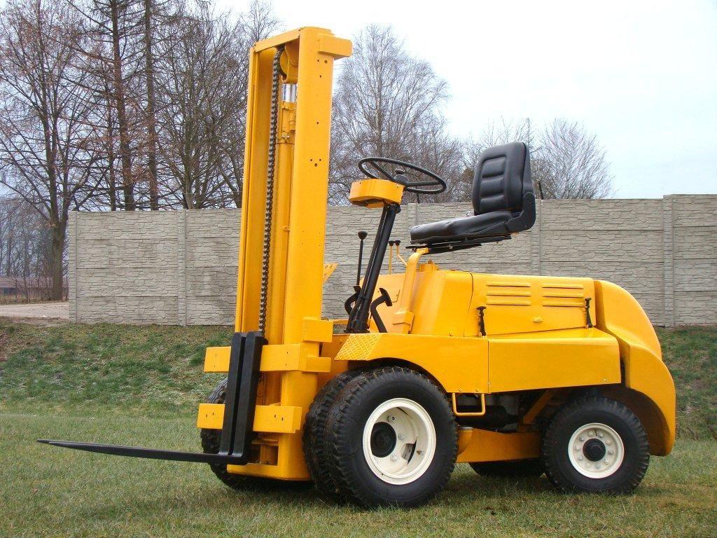 Steinbock-DGF2/300-Dieselstapler-http://www.sago-online.com
