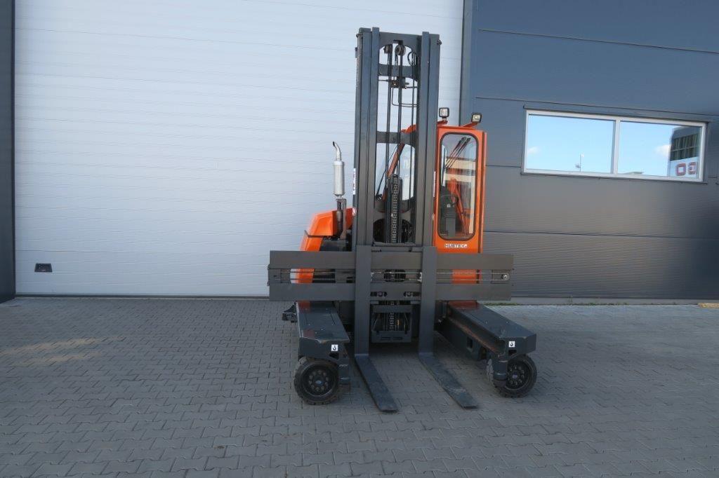 Hubtex-DQ30-D TRIPLEX-Vierwege Seitenstapler-http://www.sago-online.com