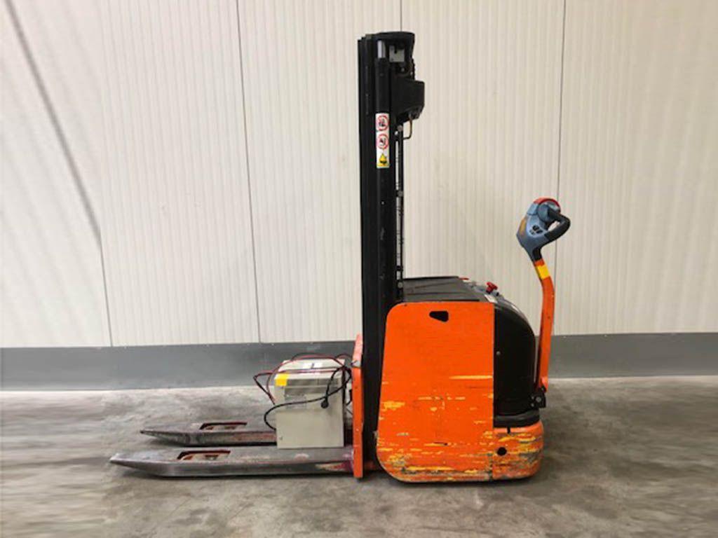Hyster-S1.6-43 - TRIPLEX-Hochhubwagen-http://www.sago-online.com