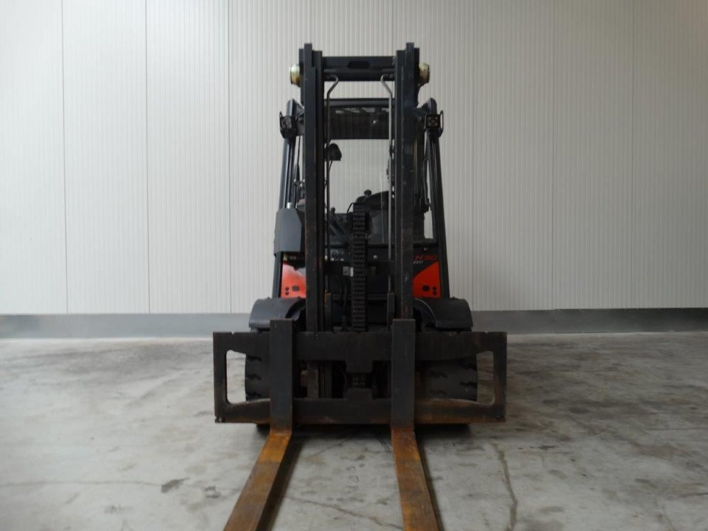 Linde-H30D-02 - Waage-Dieselstapler-www.sago-online.com