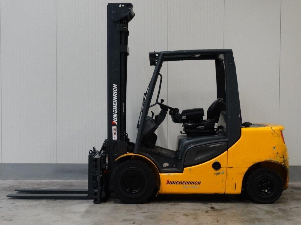 Jungheinrich-DFG435s - TRIPLEX-Dieselstapler-http://www.sago-online.com