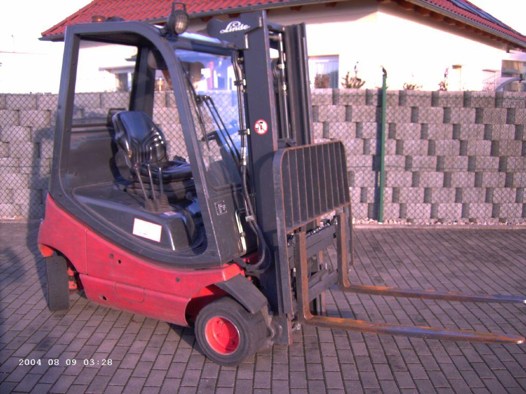 Linde-H18D-Dieselstapler-http://www.schuetze-gabelstapler.de