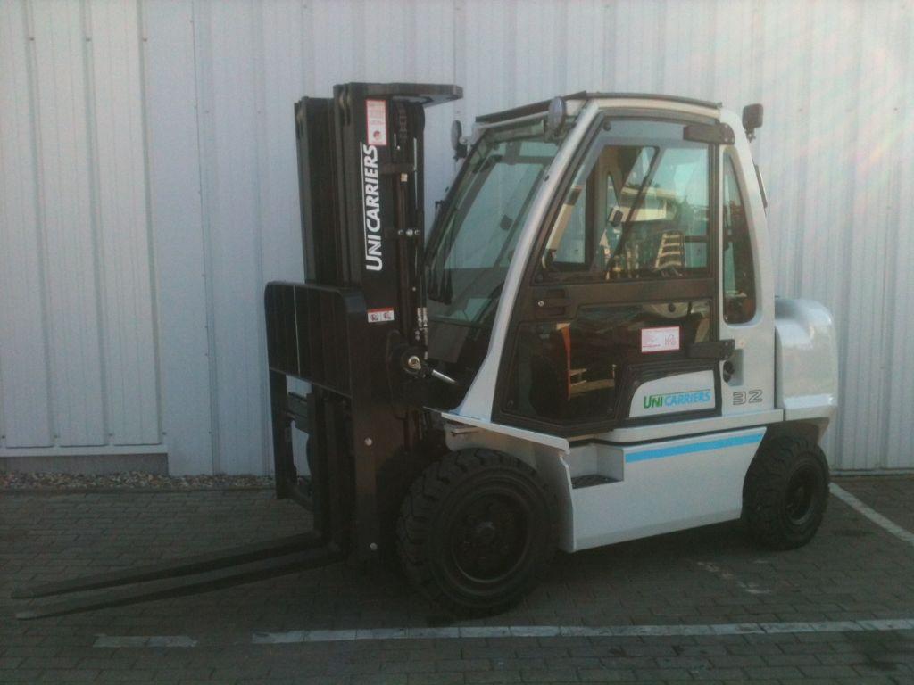 UniCarriers-G1D2A32Q-Dieselstapler-http://www.schuetze-gabelstapler.de