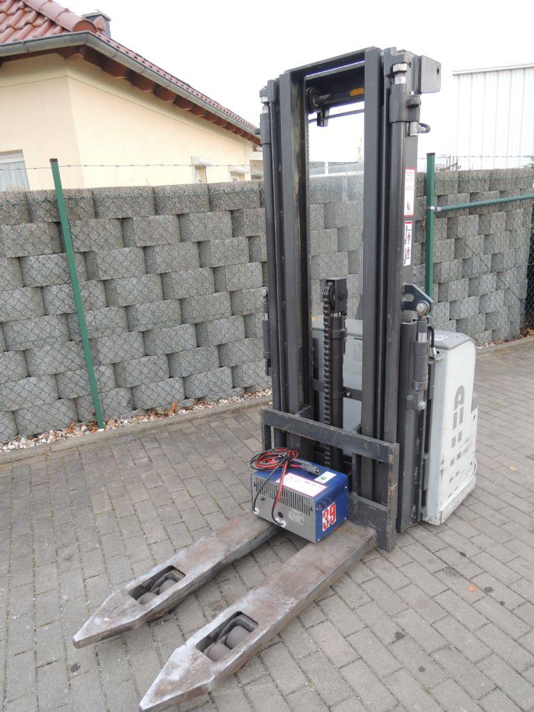 Atlet-PSH1600-Hochhubwagen-http://www.schuetze-gabelstapler.de