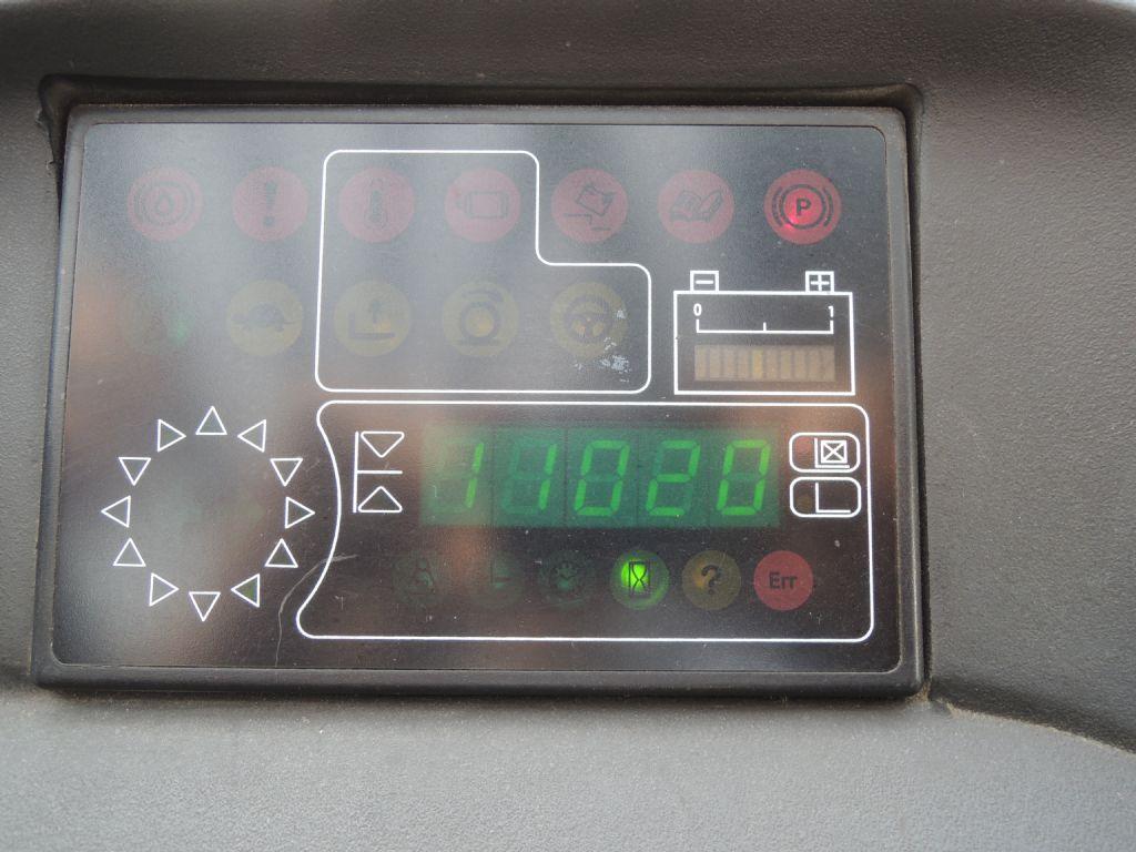 Linde-R14-02-Schubmaststapler-http://www.schuetze-gabelstapler.de