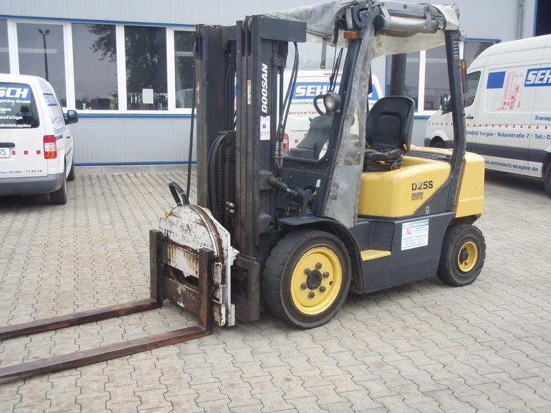 Doosan-D 25 S-3-Dieselstapler-http://www.sehmisch-stapler.de