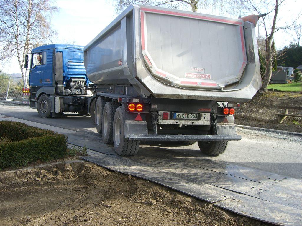 -Fahrplatten 3,0x0,75 m-Sonstige-http://www.wilmes-mietservice.de