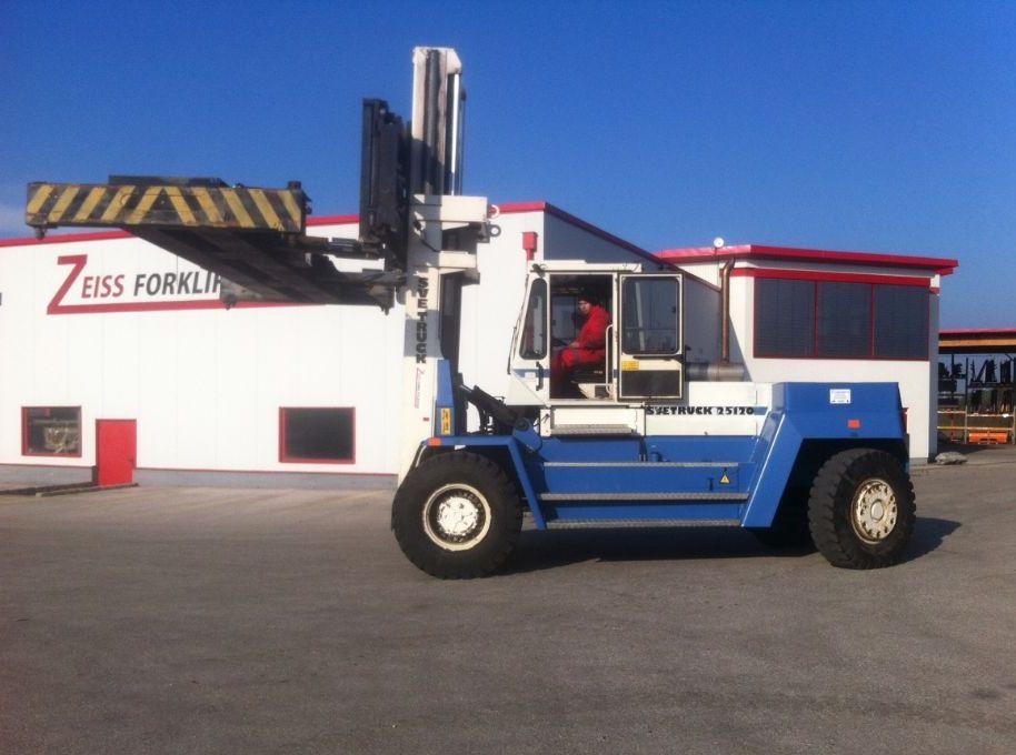 Svetruck-25120-45-Dieselstapler http://www.zeiss-forkliftcenter.at
