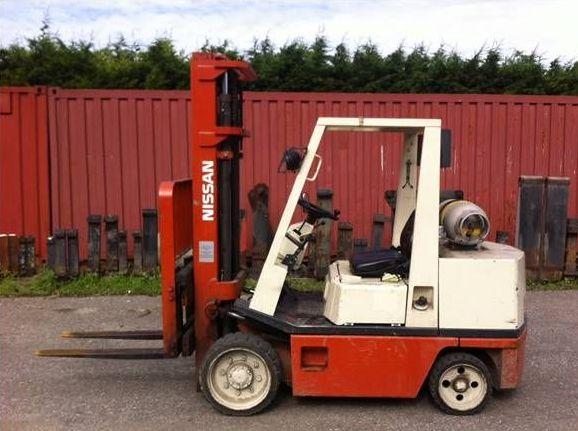 Nissan-CRGH02F35U-Dieselstapler http://www.zeiss-forkliftcenter.at