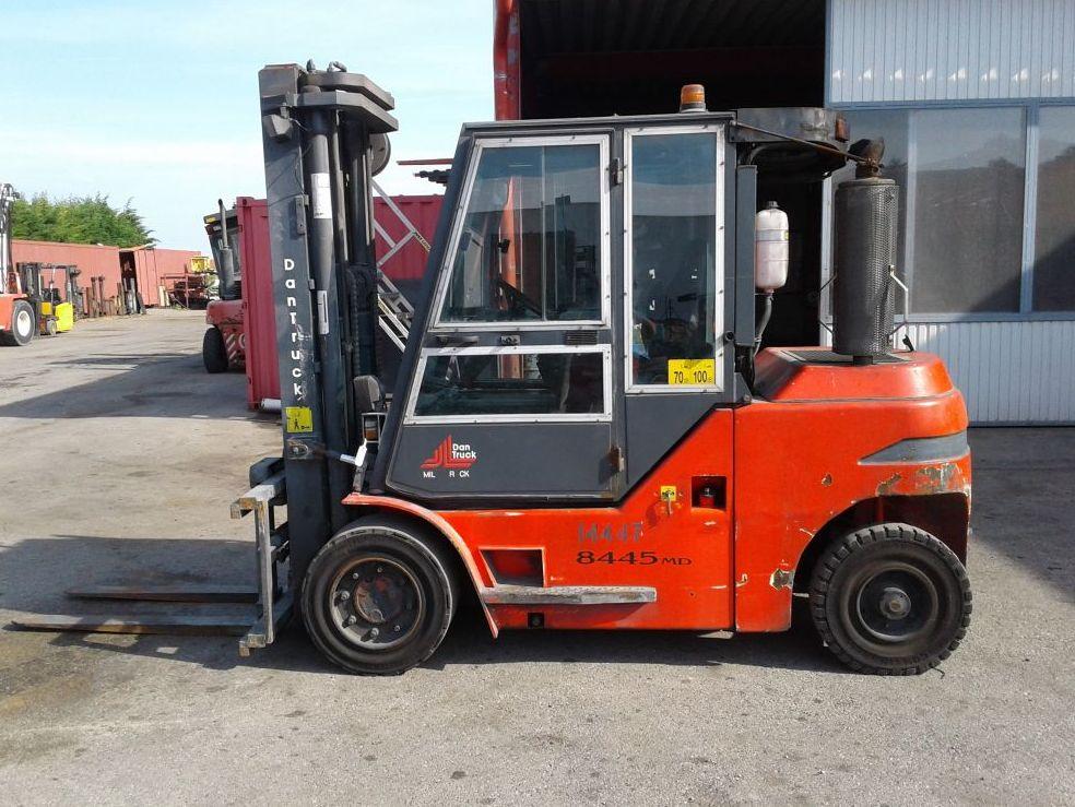 Dan Truck-8445DG-Dieselstapler http://www.zeiss-forkliftcenter.at
