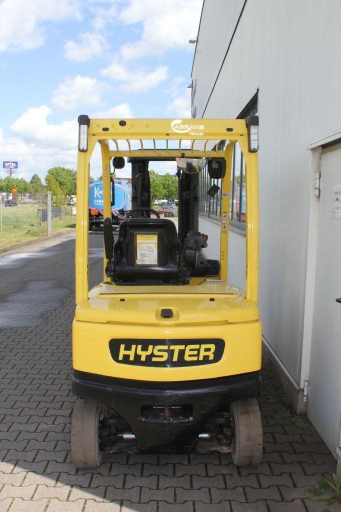 Hyster J 2.5 XN Elektro 4 Rad-Stapler agravis-stapler.de