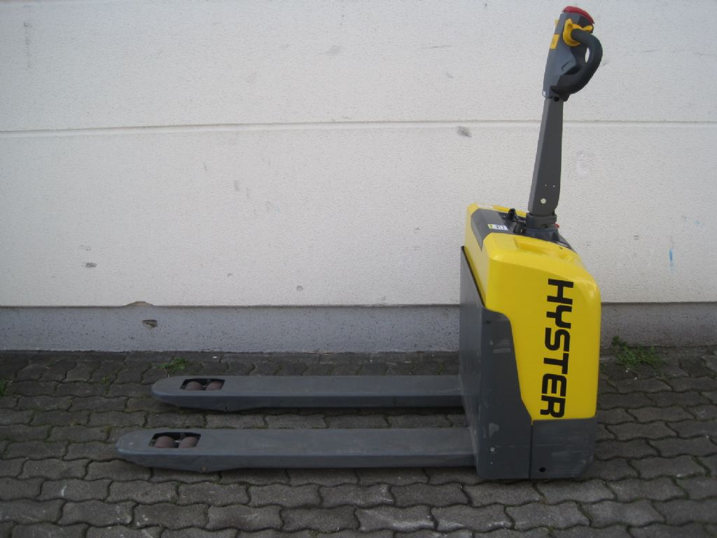 Hyster PC 1.4 Niederhubwagen agravis-stapler.de