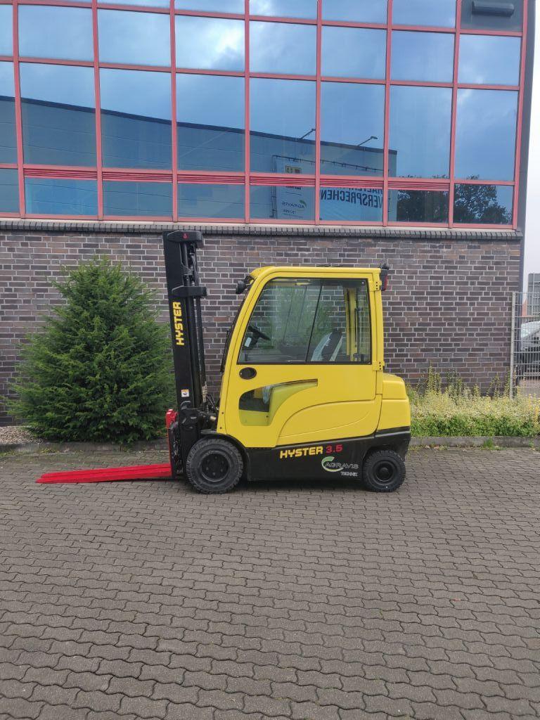 Hyster J 3.5 XN Elektro 4 Rad-Stapler agravis-stapler.de