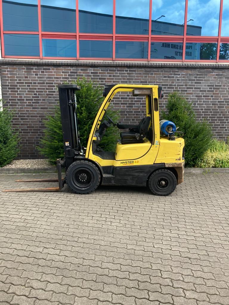 Hyster H 3.0 FT Treibgasstapler agravis-stapler.de