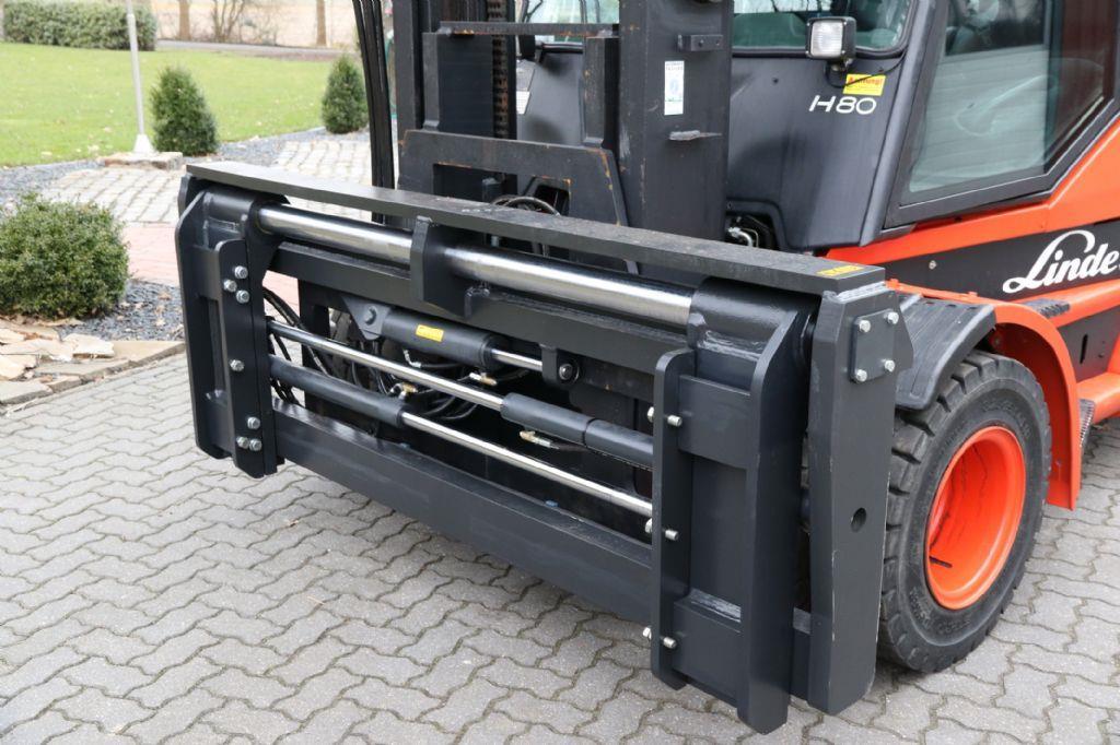 *Sonstige-Zinkenverstellgerät PFA 12T 2400mm  8t/900-Zinkenverstellgerät-http://www.albers-gabelstapler.de