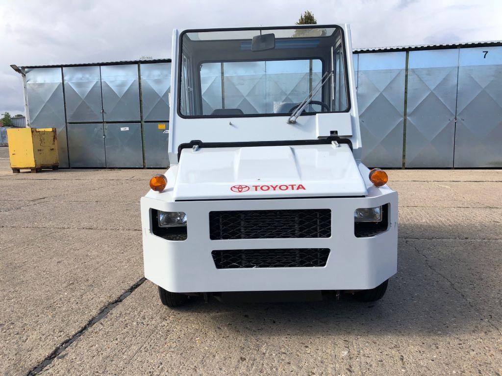 Toyota-02-2TD20-Schlepper-http://www.anders-gabelstapler.de