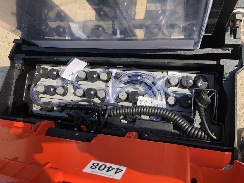 Toyota-SWE140L-Deichselstapler-http://www.anders-gabelstapler.de