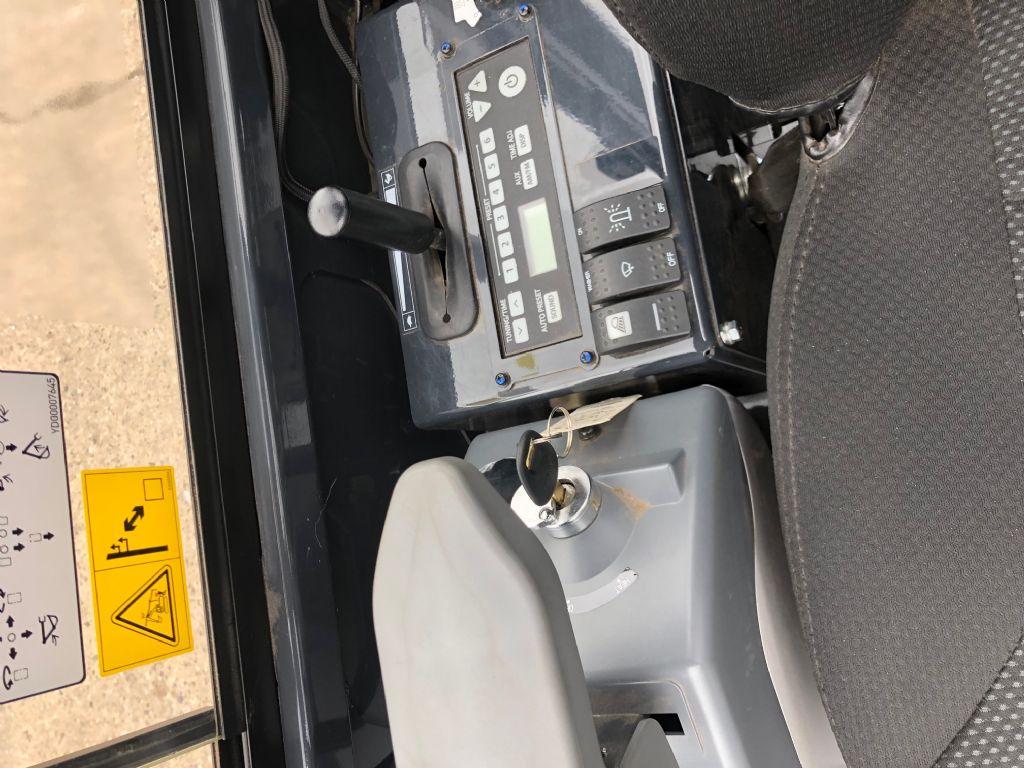 Hitachi-ZX19-5-Minibagger-http://www.anders-gabelstapler.de