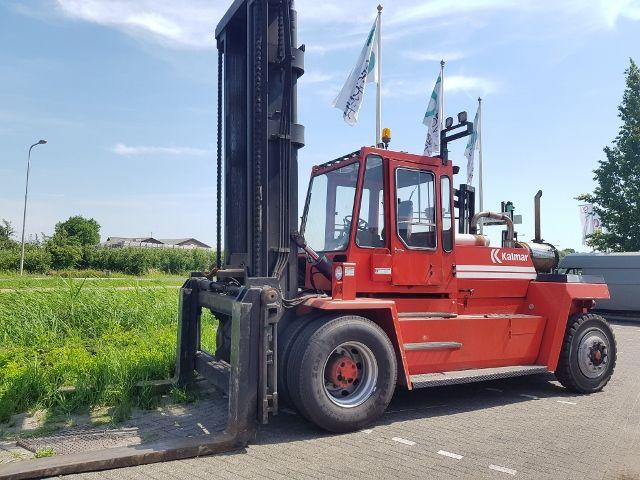 Kalmar DCE 16-1200 Dieselstapler www.arbeitsbuehnen-staplerverleih.de