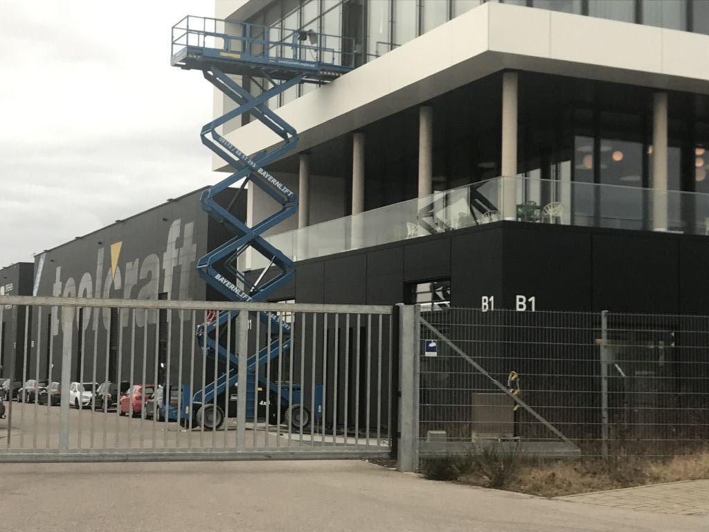 Genie 5390RT Scherenarbeitsbühne www.arbeitsbuehnen-staplerverleih.de