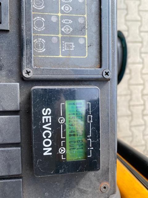 Montini Montini 4800-H-CE Elektro 3 Rad-Stapler www.hangcha-gabelstapler.de