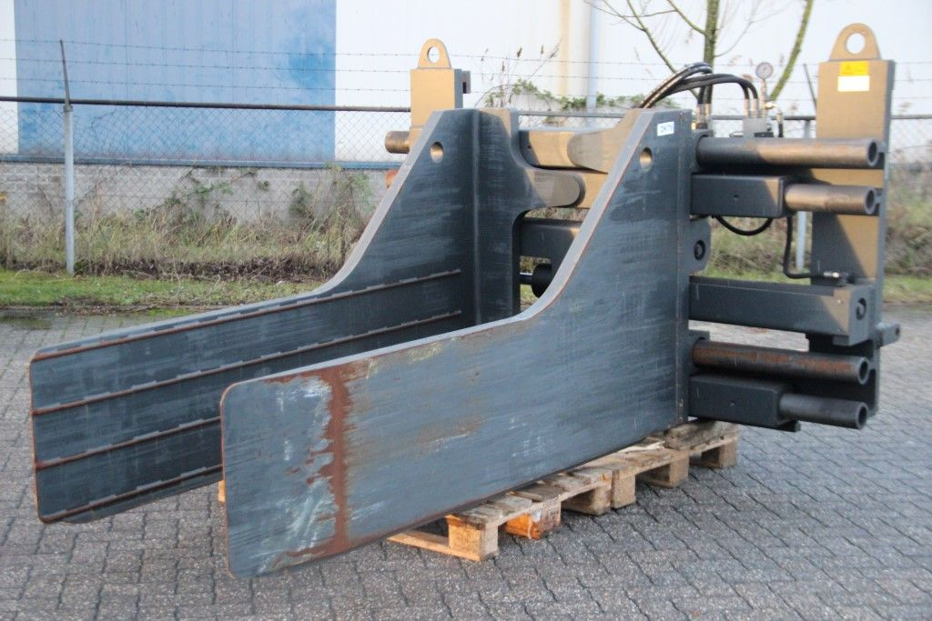 Kaup 15T213 Bale clamps www.bsforklifts.com