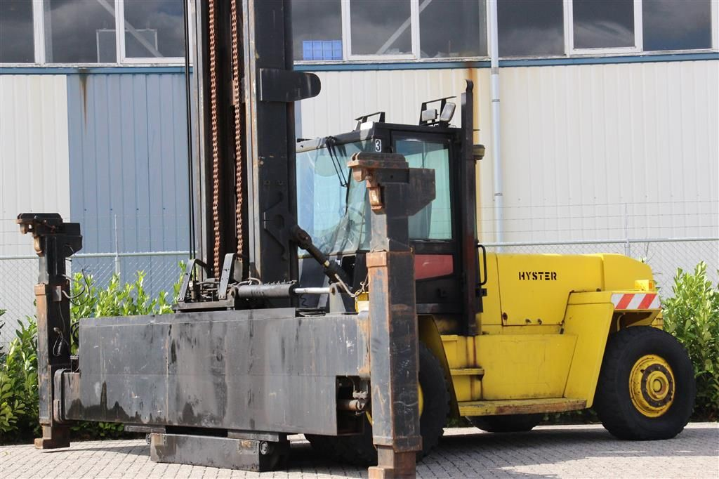 Hyster H12.00XL Empty Container Reachstacker http://www.bsforklifts.com