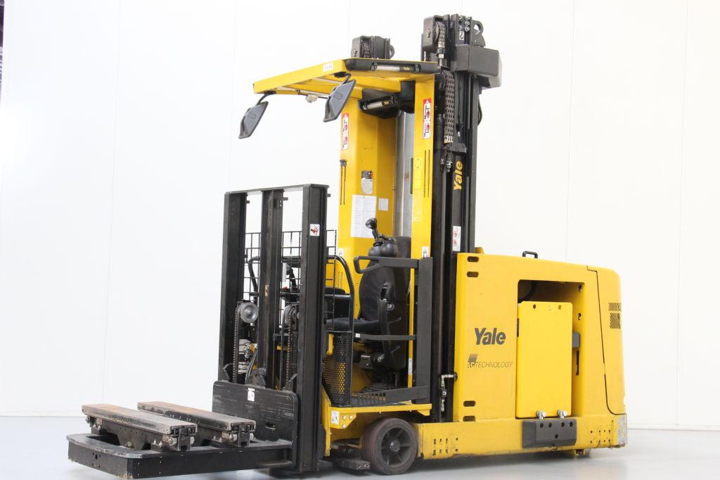 Yale MTC13 High Level Order Picker www.bsforklifts.com
