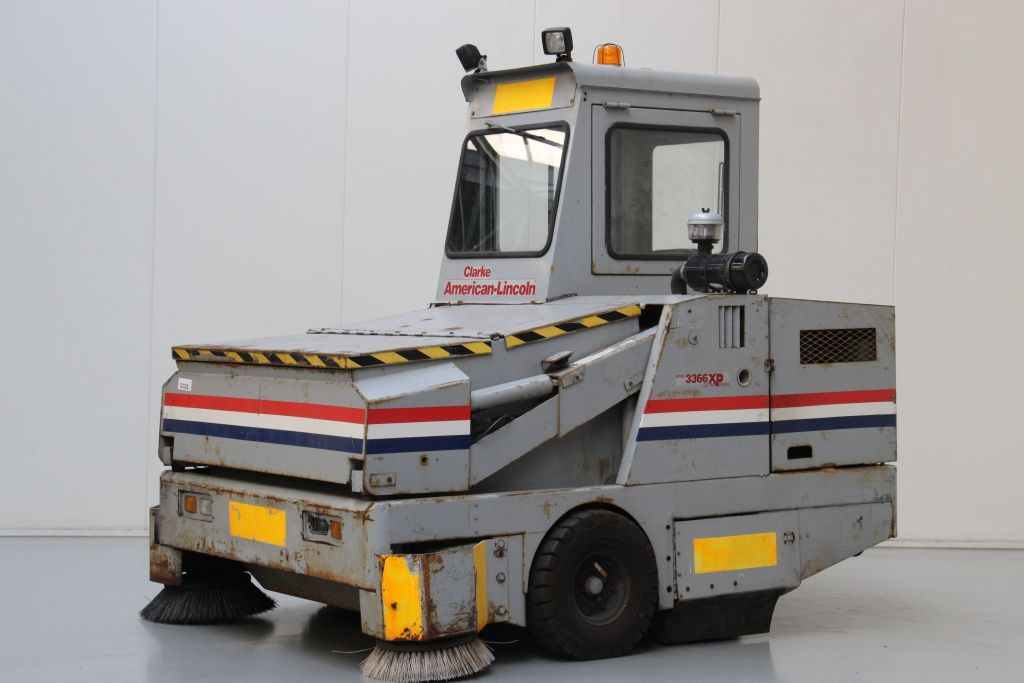 *Sonstige American Lincoln - 579-532CE Sweepers and vacuum cleaning machine www.bsforklifts.com