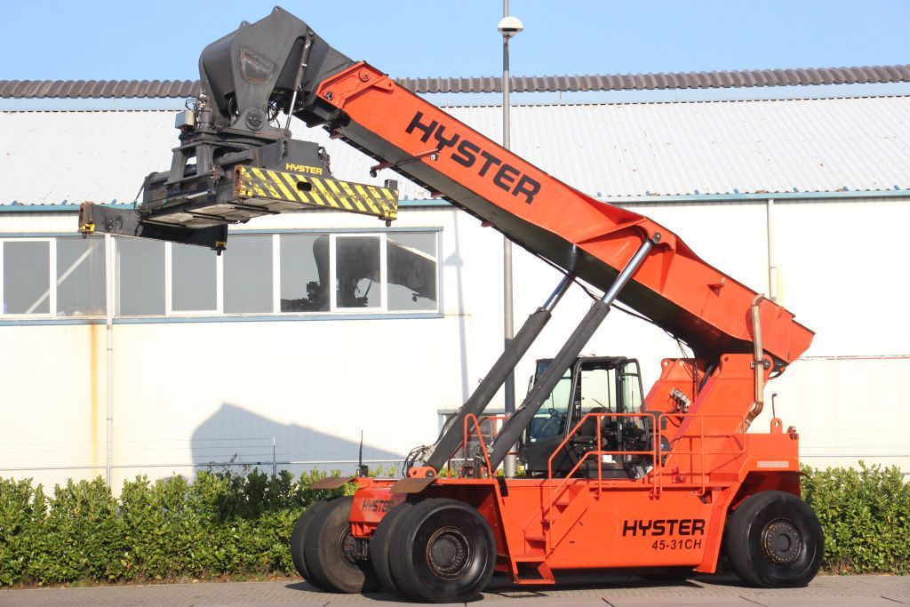 Hyster RS45-31CH Full-container reach stacker www.bsforklifts.com