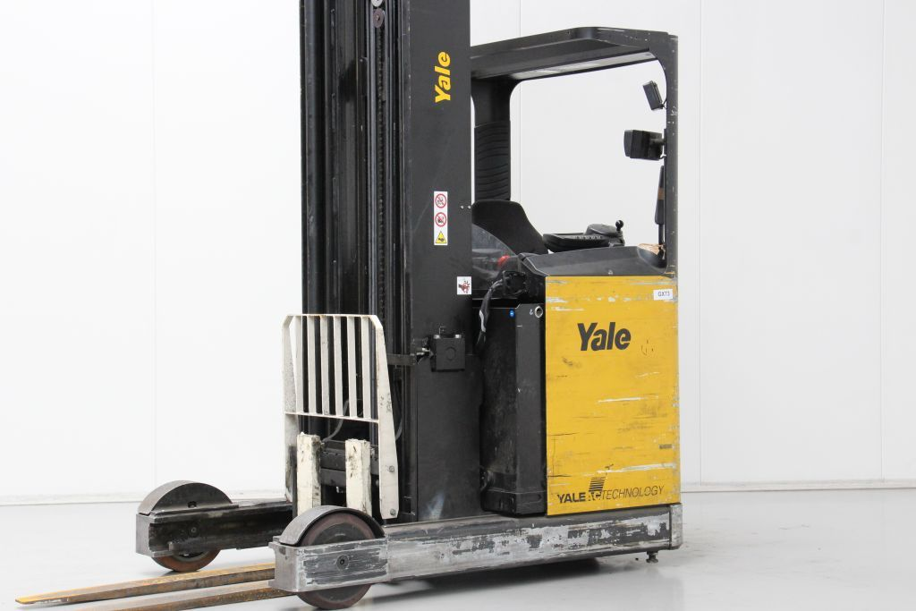 Yale MR20HD Reach Truck www.bsforklifts.com