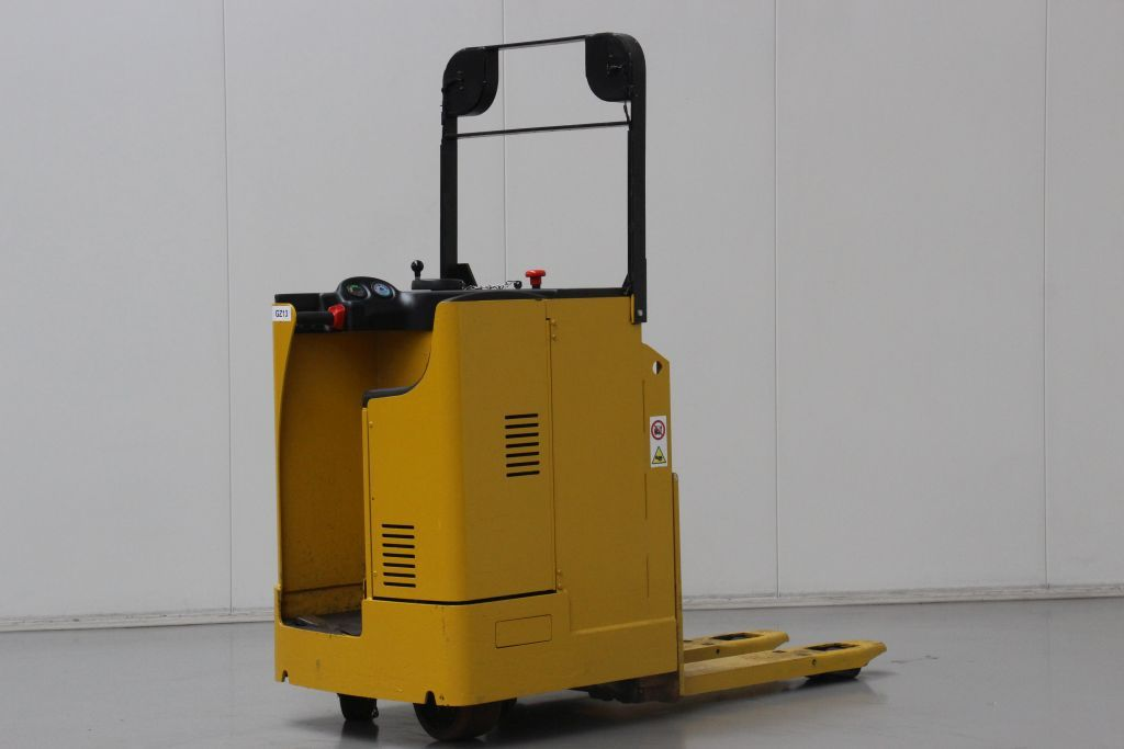 Yale MP20T Electric Pallet Truck http://www.bsforklifts.com