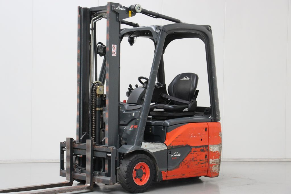 Linde E15-02 Electric 3-wheel forklift www.bsforklifts.com
