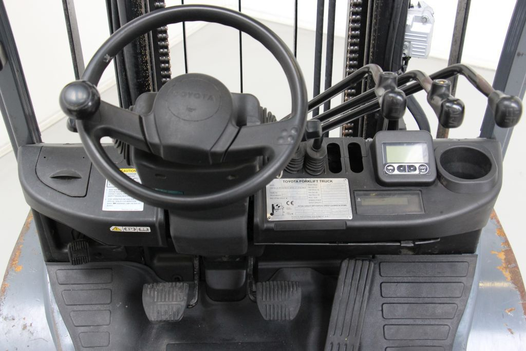 Toyota 02-8FGF25 LPG Forklifts http://www.bsforklifts.com