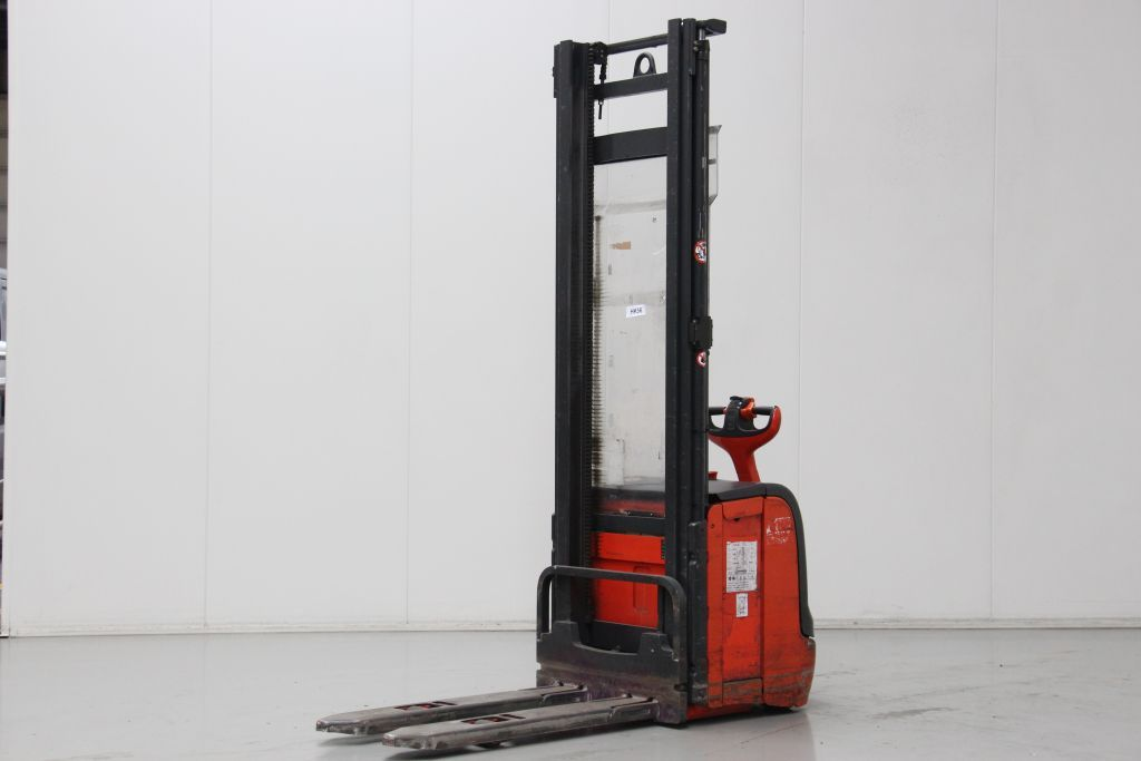 Linde L14 High Lift stacker www.bsforklifts.com