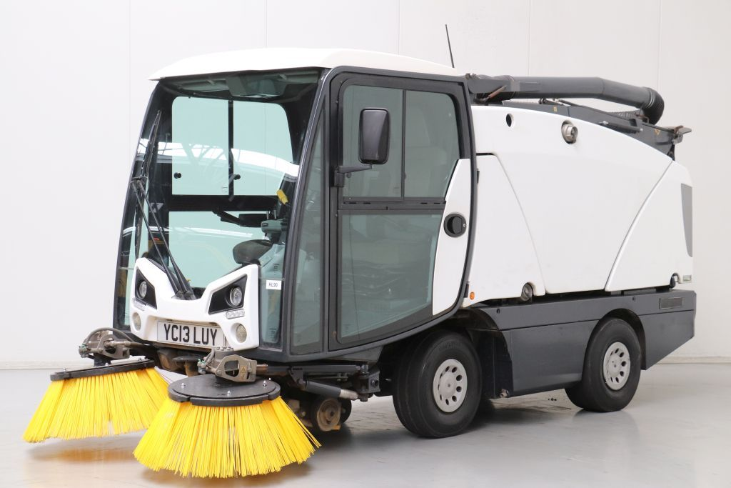 Johnston CX201 Street cleaning machine www.bsforklifts.com