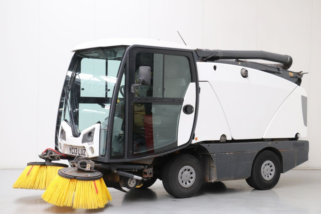 Johnston CX201 Industrial vacuum cleaners www.bsforklifts.com