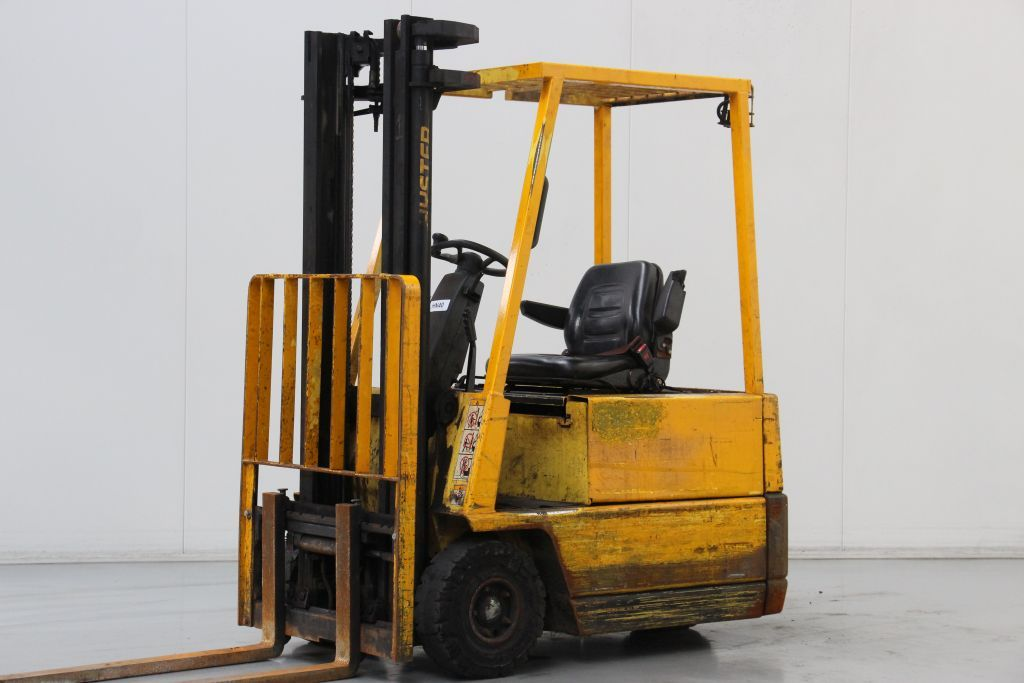Hyster A1.50XL Electric 3-wheel forklift www.bsforklifts.com