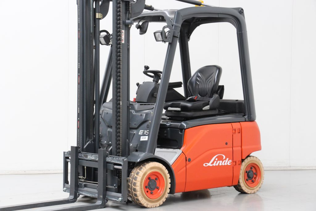 Linde E16P-01 Electric 4-wheel forklift www.bsforklifts.com
