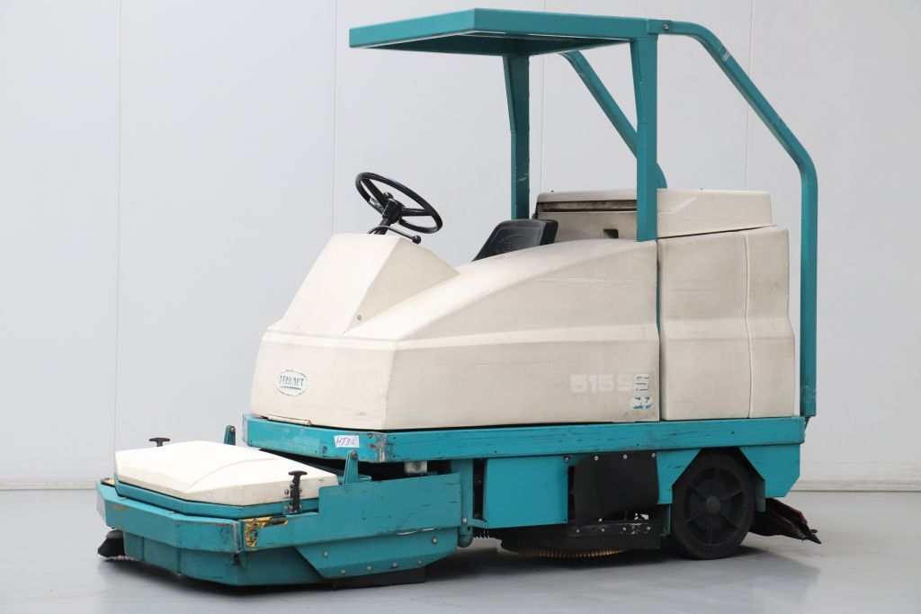Tennant 515SS Spazzatrice aspirante www.bsforklifts.com
