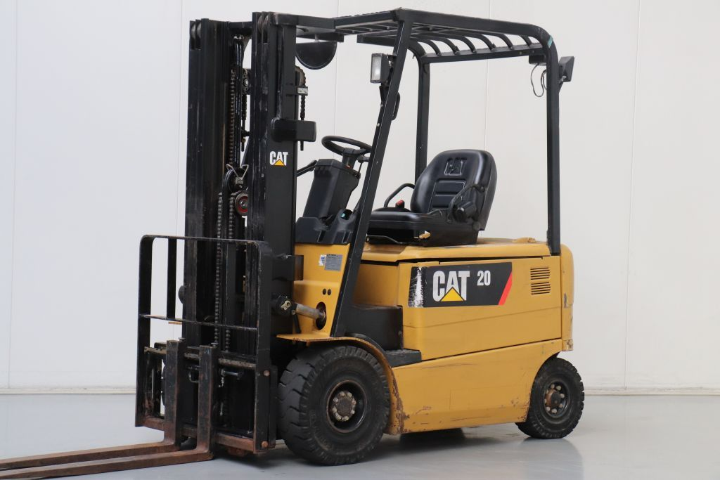 Caterpillar EP20K-PAC Electric 4-wheel forklift www.bsforklifts.com
