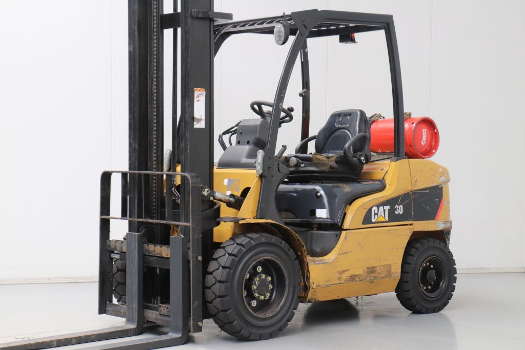 Caterpillar GP30N LPG Forklifts www.bsforklifts.com