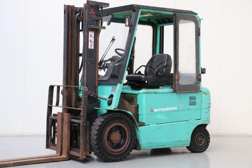 Mitsubishi FB35K Electric 4-wheel forklift www.bsforklifts.com