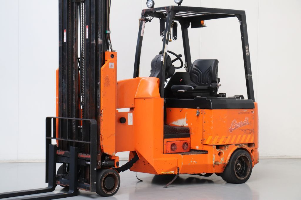 Bendi B420AC Electric 4-wheel forklift www.bsforklifts.com