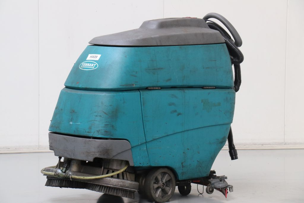 Tennant T5 Sweepers www.bsforklifts.com