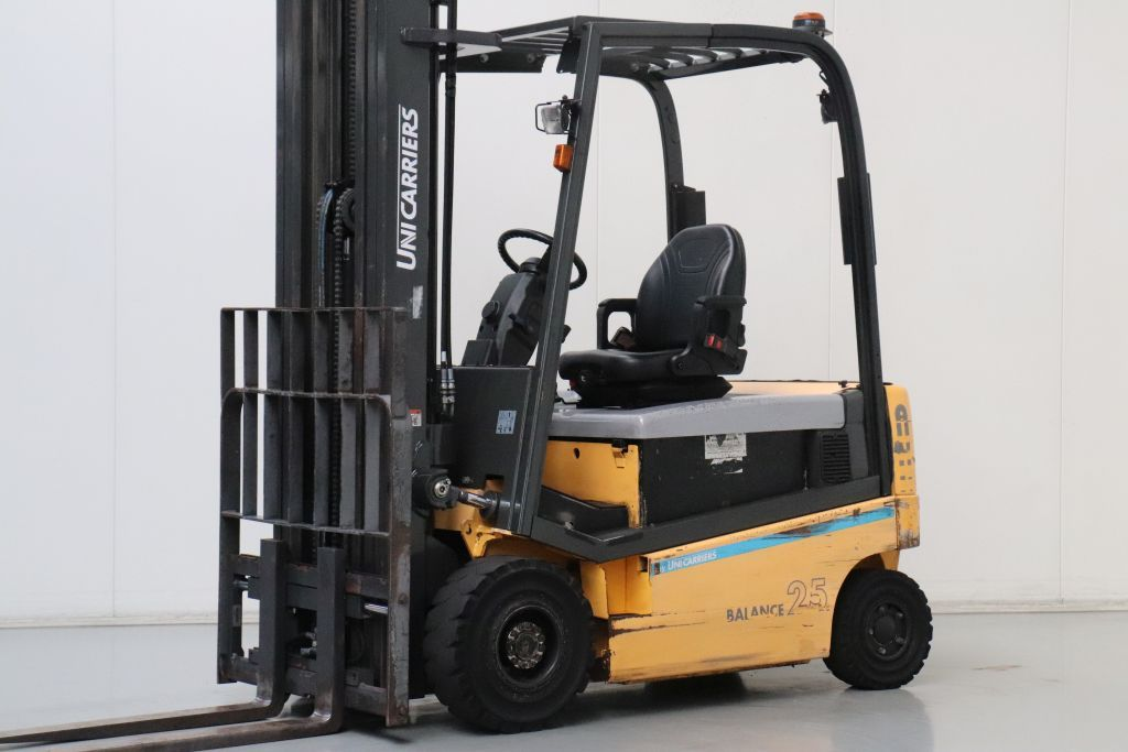 Atlet 1Q1L25T Electric 4-wheel forklift www.bsforklifts.com