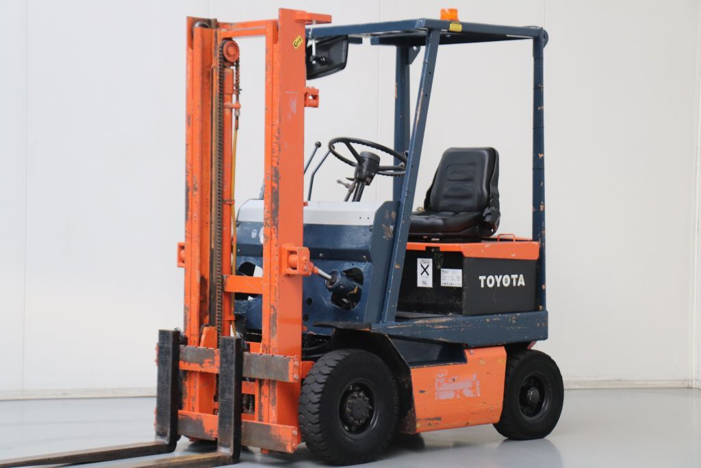 Toyota 4FBL10 Electric 4-wheel forklift www.bsforklifts.com